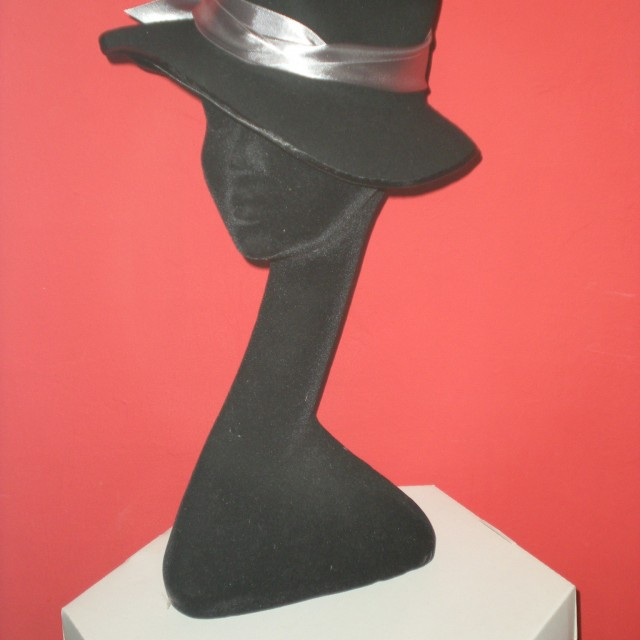 Sombrero fadora negro