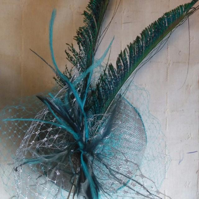 casquete turquesa y plata