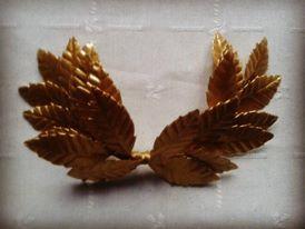 Tiara hojas doradas