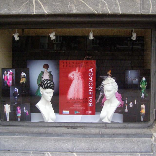 2009 Balenciaga La Inspiracion