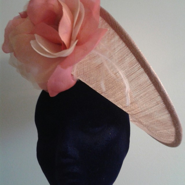 Semi pamela con flores