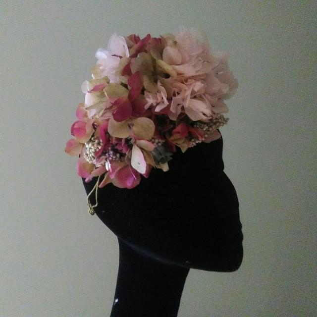 Tiara ladeada hortensias preservadas